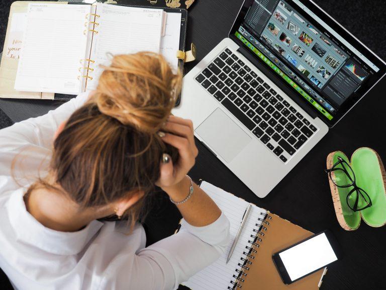 comment lutter contre le stress au bureau
